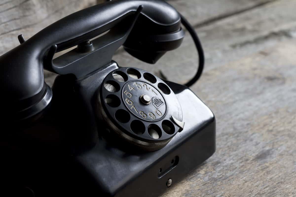 ポケットWi-Fiで充分なのでついに固定電話が無くなります